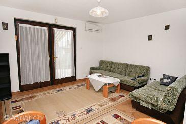 Apartment A-5542-a - Apartments Klenovica (Novi Vinodolski) - 5542
