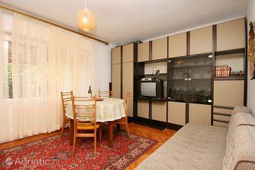 Jadranovo, Living room u smještaju tipa apartment, dopusteni kucni ljubimci i WIFI.