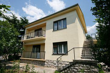 Property Jadranovo (Crikvenica) - Accommodation 5543 - Apartments with pebble beach.