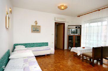 Apartment A-5553-b - Apartments Crikvenica (Crikvenica) - 5553