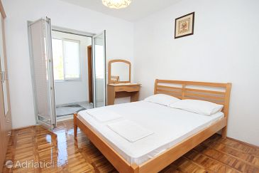 Room S-5567-b - Apartments and Rooms Senj (Senj) - 5567