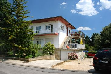 Property Selce (Crikvenica) - Accommodation 5584 - Apartments near sea.