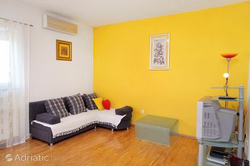 Apartment A-5602-a - Apartments Senj (Senj) - 5602
