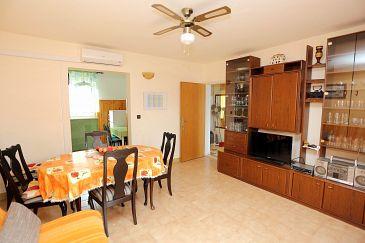 Apartament A-5612-a - Apartamenty Supetar (Brač) - 5612