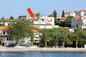 Property Sumartin (Brač) - Accommodation 5620 - Apartments near sea.