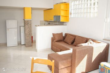 Apartment A-5629-a - Apartments Sutivan (Brač) - 5629