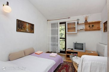 Apartment A-5653-a - Apartments Supetar (Brač) - 5653