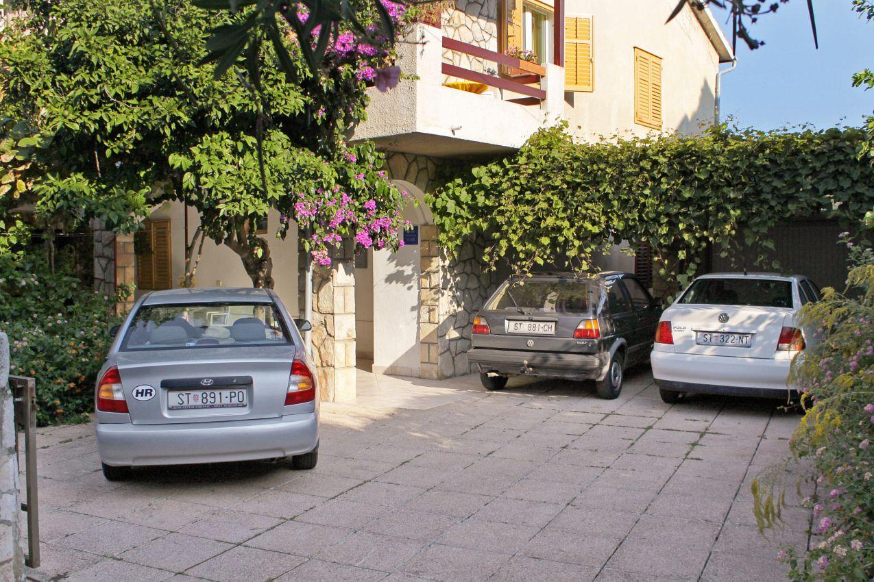 Apartmány s parkoviskom v meste Jelsa - 5691