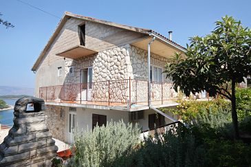 Property Jelsa (Hvar) - Accommodation 5698 - Apartments near sea with pebble beach.