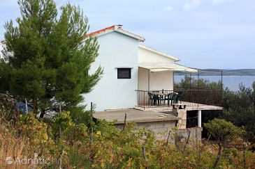 Property Ivan Dolac (Hvar) - Accommodation 5708 - Vacation Rentals near sea.