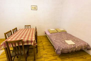 Apartament A-5713-b - Apartamenty Uvala Skozanje (Hvar) - 5713
