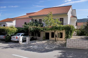 Property Stari Grad (Hvar) - Accommodation 5724 - Apartments with pebble beach.