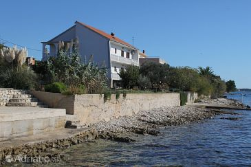 Property Kožino (Zadar) - Accommodation 5756 - Apartments near sea.