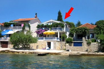 Property Bibinje (Zadar) - Accommodation 5758 - Apartments near sea with pebble beach.