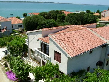 Property Vrsi - Mulo (Zadar) - Accommodation 5791 - Apartments near sea with pebble beach.