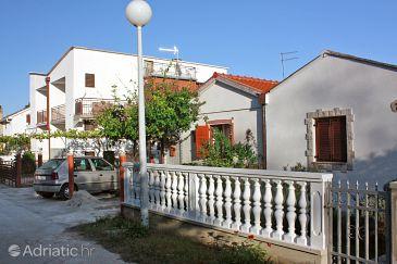 Property Sabunike (Zadar) - Accommodation 5822 - Apartments with sandy beach.