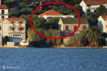 Property Tkon (Pašman) - Accommodation 5825 - Apartments near sea.