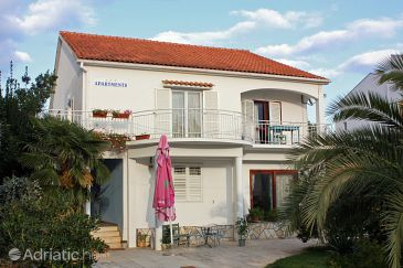 Property Sukošan (Zadar) - Accommodation 5863 - Apartments near sea with pebble beach.