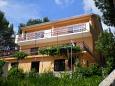 Property Basina (Hvar) - Accommodation 587 - Apartments near sea with pebble beach.