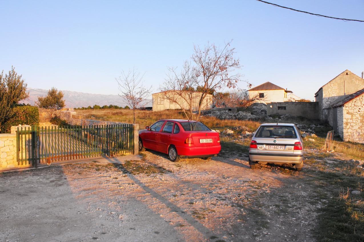 Apartmány s parkoviskom v meste Rtina - Stošići - 5881