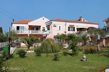 Property Sukošan (Zadar) - Accommodation 5905 - Apartments near sea with pebble beach.