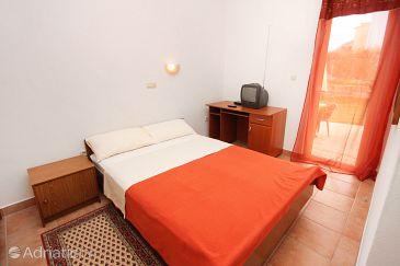 Room S-5919-b - Apartments and Rooms Zadar - Diklo (Zadar) - 5919