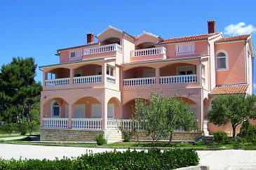 Property Zadar - Diklo (Zadar) - Accommodation 5919 - Apartments and Rooms with pebble beach.