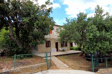Property Zavala (Hvar) - Accommodation 593 - Apartments with pebble beach.