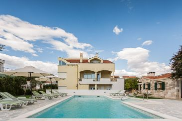 Property Zadar (Zadar) - Accommodation 5943 - Apartments with pebble beach.