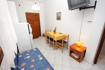 Apartment A-5956-c - Apartments Nemira (Omiš) - 5956