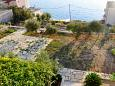 Parking lot Drašnice (Makarska) - Accommodation 5970 - Apartments with pebble beach.