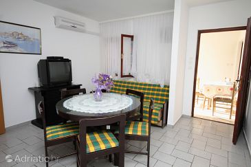Apartment A-5980-b - Apartments Vinišće (Trogir) - 5980