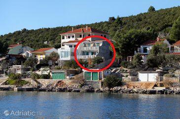 Property Vinišće (Trogir) - Accommodation 5981 - Apartments near sea.