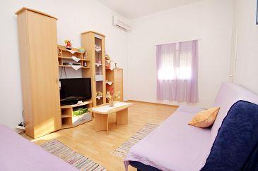 Poljica, Pokój dzienny u smještaju tipa apartment, dostupna klima.