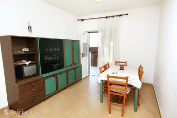 Apartment A-6041-a - Apartments Pisak (Omiš) - 6041