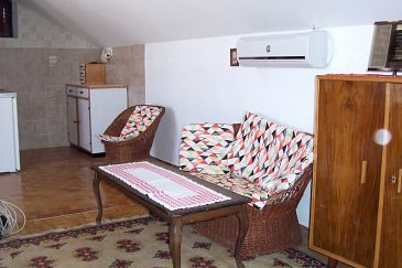 Apartment A-6049-a - Apartments Postira (Brač) - 6049
