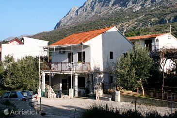 Property Podaca (Makarska) - Accommodation 6055 - Apartments with pebble beach.