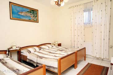 Room S-6060-b - Apartments and Rooms Kaštel Štafilić (Kaštela) - 6060