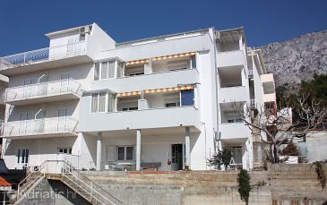 Property Nemira (Omiš) - Accommodation 6070 - Apartments with pebble beach.