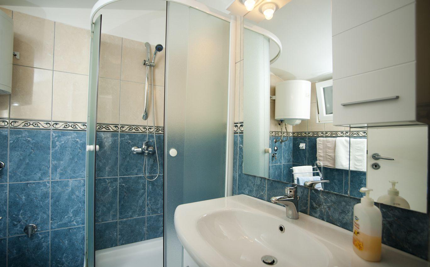 Bathroom - Apartment A-6084-a - Apartments Split (Split) - 6084