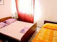 Bedroom - Apartment A-6085-c - Apartments and Rooms Podgora (Makarska) - 6085