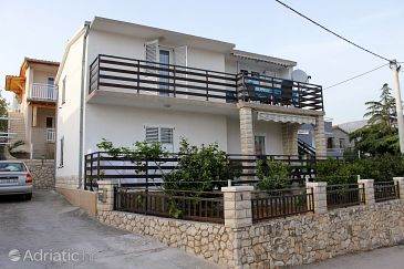 Property Seget Vranjica (Trogir) - Accommodation 6094 - Apartments near sea.