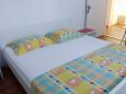 Bedroom 2 - Apartment A-6112-a - Apartments Uvala Tvrdni Dolac (Hvar) - 6112