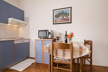 Nin, Dining room u smještaju tipa studio-apartment, WIFI.