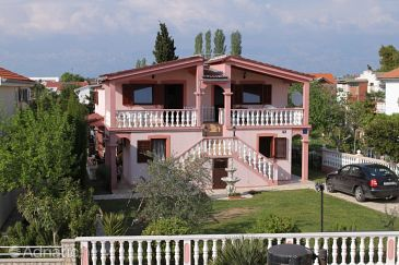 Property Zukve (Zadar) - Accommodation 6157 - Apartments near sea.