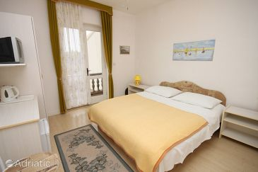 Room S-6182-b - Apartments and Rooms Vodice (Vodice) - 6182