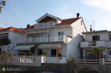 Property Bibinje (Zadar) - Accommodation 6189 - Apartments with pebble beach.