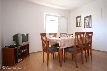 Rtina - Miočići, Dining room u smještaju tipa apartment, dopusteni kucni ljubimci.