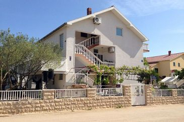 Property Biograd na Moru (Biograd) - Accommodation 6245 - Apartments with sandy beach.