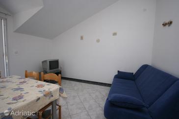 Apartment A-6246-a - Apartments Pirovac (Šibenik) - 6246